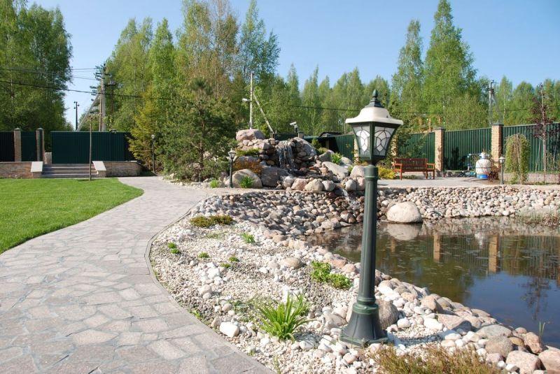 Интерьер участка загородного дома в Ленинградской области (Ленобласти)